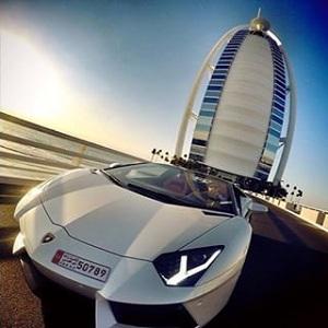 هتل برج العرب (ناوگان اتومبیل های لوکس)