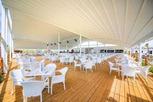 رستوران های هتل رامادا ریزورت لارا (کافۀ ساحلی)