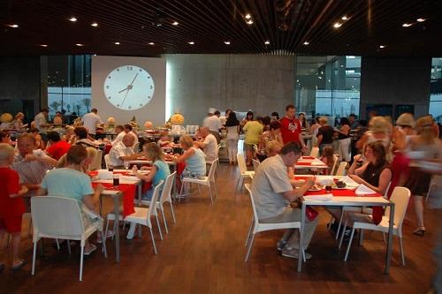 رستوران های هتل کروانسرای لارا آنتالیا ( رستوران بین المللی زمرد کبود)
