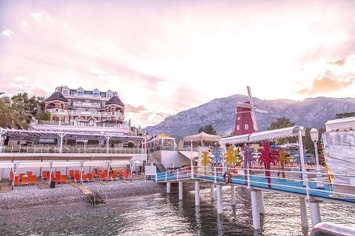 هتل اورنج کانتی آنتالیا (ساحل اختصاصی)