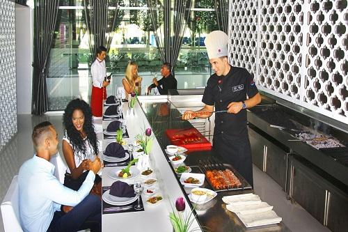 رستوران ها و کافه های هتل آدم و حوا (رستوران ترکی سارکی)