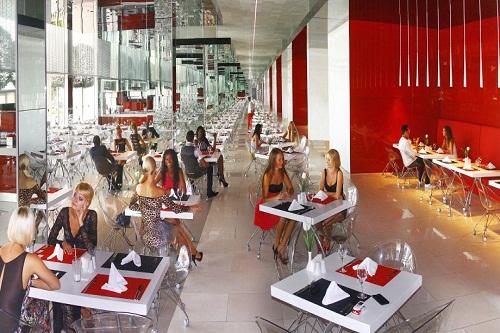 رستوران ها و کافه های هتل آدم و حوا (سِکرت بیسترُ)