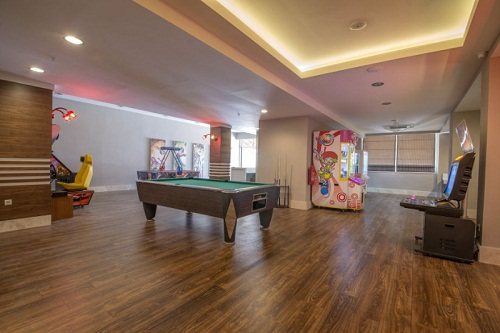 امکانات تفریحی در هتل رامادا ریزورت لارا (سالن بازی)