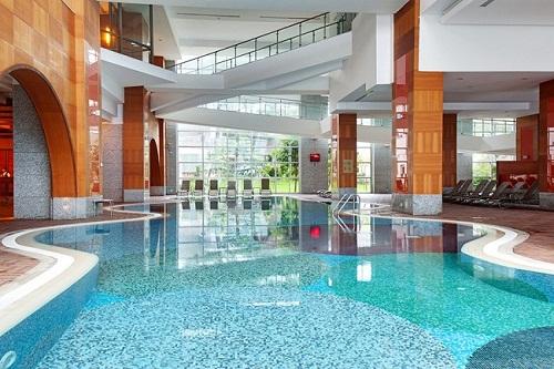 هتل ریکسوس سان گیت آنتالیا (استخر سرپوشیده)
