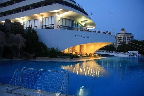 واترپلو هتل تایتانیک بیچ لارا آنتالیا