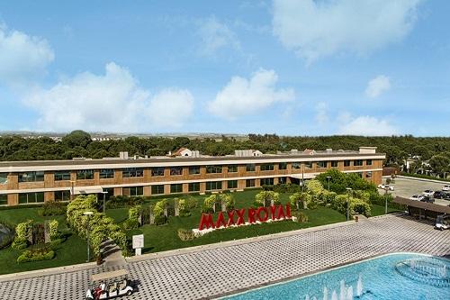 ورودی هتل مکس رویال بلک آنتالیا