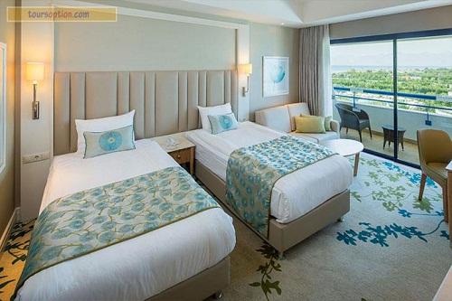 اتاق استاندارد هتل تایتانیک بیچ لارا آنتالیا