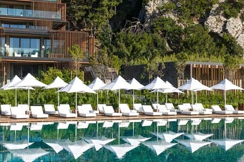 استخر اصلی هتل مکس رویال کمر آنتالیا