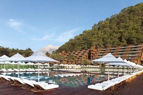 استخر آب دریا هتل مکس رویال کمر آنتالیا