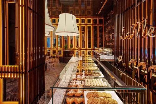 شیرینی پزی Le Melange Patisserie هتل مکس رویال کمر آنتالیا