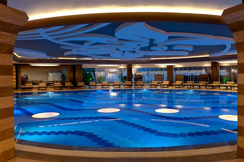 استخر سرپوشیده هتل دلفین امپریال لارا آنتالیا