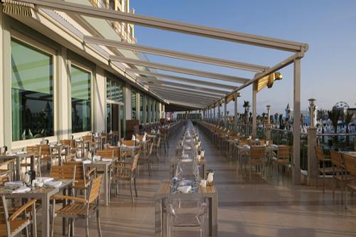 تراس رستوران اصلی هتل دلفین امپریال