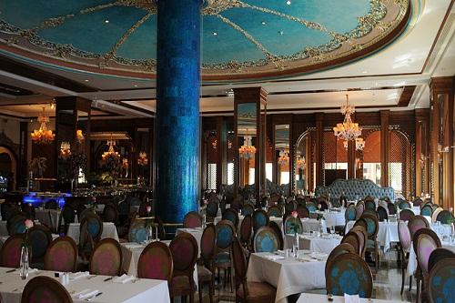رستوران اصلی Bosphorous Restaurant هتل مردان پالاس آنتالیا