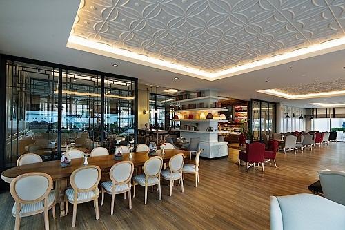 رستوران ایتالیایی Sapore Restaurant هتل تایتانیک بیچ لارا آنتالیا