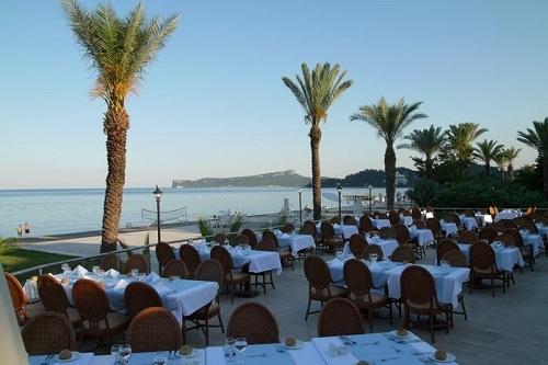 رستوران اصلی هتل رویال پالم ریزورت کمر آنتالیا Royal Palm Resort