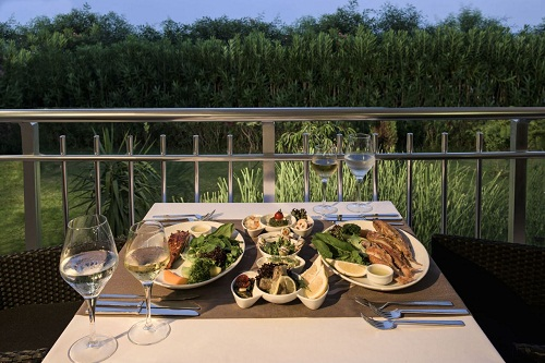 رستوران دریایی Pescador Restaurant هتل دلفین امپریال