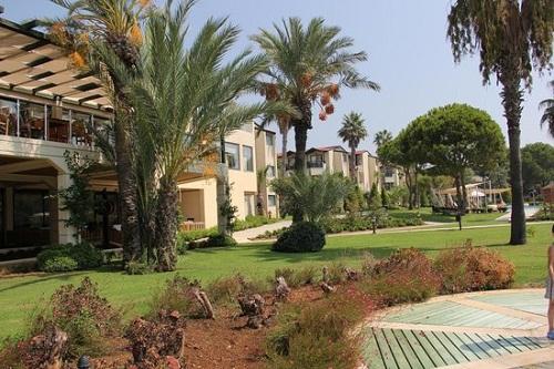 سالن ماساژ هتل بلیس دلوکس بلک آنتالیا (اتاق Mimoza Garden)