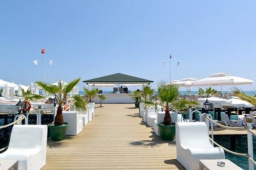 بار ساحلی اسکله اختصاصی هتل دلفین امپریال لارا آنتالیا