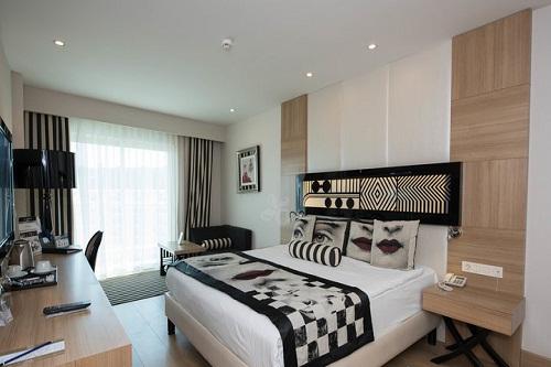اتاق های استاندارد (Superior Rooms) هتل دلفین امپریال