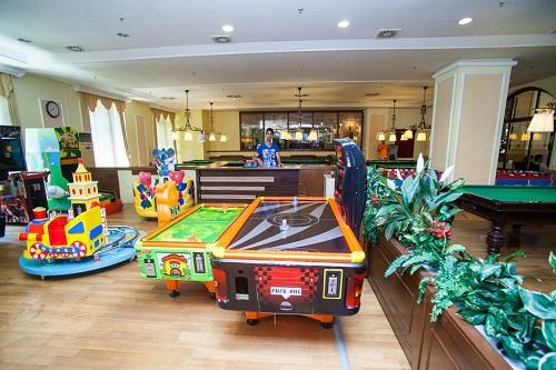 سالن بازی هتل در هتل 5 ستاره وو کرملین