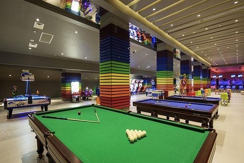 میز بیلیارد هتل تایتانیک دلوکس آنتالیا