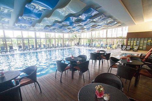 استخر های سرپوشیده هتل مردان پالاس آنتالیا