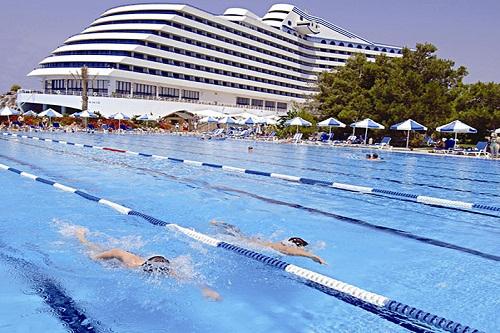 امکانات تفریحی هتل تایتانیک بیچ لارا آنتالیا Titanic Beach Lara