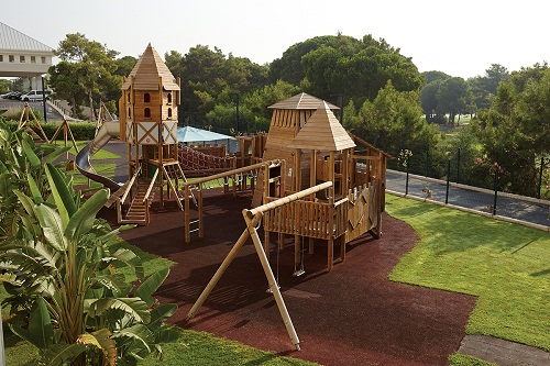 پارک کودکان هتل تایتانیک دلوکس آنتالیا