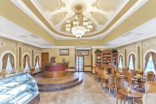 کافی شاپ Pushkin Cafe در هتل وو کرملین