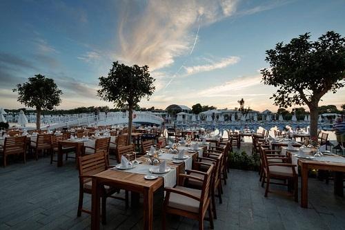 رستوران ایتالیایی La Paglia هتل تایتانیک دلوکس آنتالیا