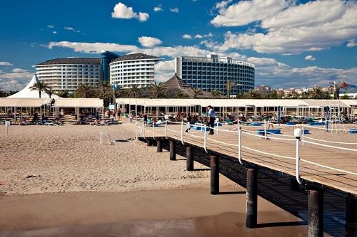 ساحل اختصاصی هتل رویال وینگز آنتالیا Royal Wings