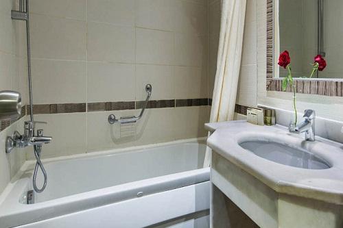 سالن ماساژ هتل بلیس دلوکس بلک آنتالیا (اتاق استاندارد)
