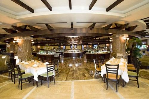 رستوران اصلی هتل رویال وینگز آنتالیا