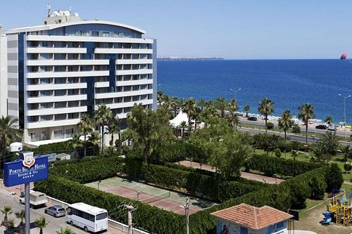 زمین تنیس در هتل 5 ستاره پورتوبلو آنتالیا