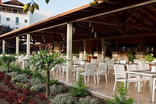 رستوران بین المللی Turunç Restaurant هتل 5 ستاره باروت لارا آنتالیا