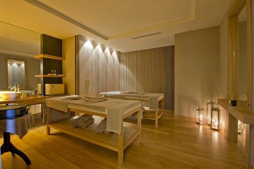 سالن ماساژ هتل باروت لارا