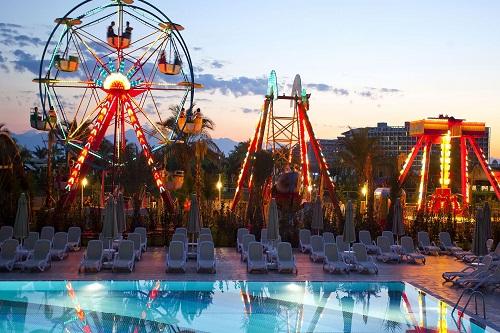 شهربازی هتل رویال هالیدی پالاس آنتالیا Royal Holiday Palace