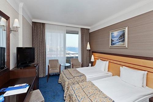 اتاق های استاندارد در هتل پورتوبلو