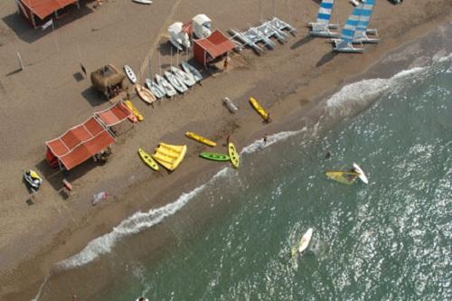 تفریحات ساحلی در هتل 5 ستاره وو توپکاپی آنتالیا