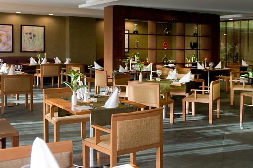 رستوران Akdeniz Restaurant در هتل 5 ستاره باروت لارا آنتالیا