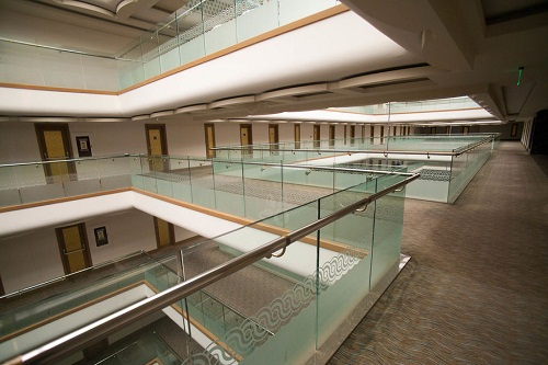 طبقات هتل رویال هالیدی پالاس