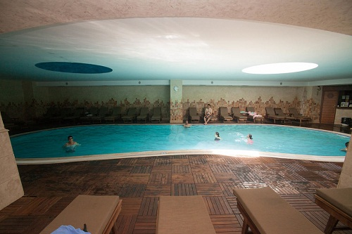 استخر سرپوشیده هتل 5 ستاره پورتوبلو آنتالیا