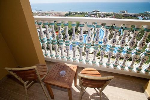اتاق های استاندارد در هتل 5 ستاره رویال هالیدی پالاس آنتالیا