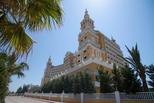 امکانات اقامتی و قیمت اتاق های هتل رویال هالیدی پالاس آنتالیا Royal Holiday Palace