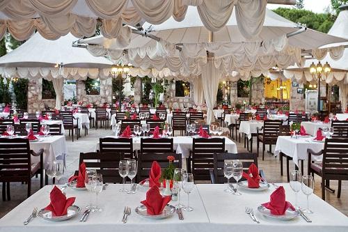 رستوران ترکی Kösem Restaurant در هتل توپکاپی آنتالیا