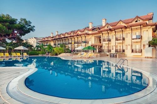 استخر ویلاهای هتل 5 ستاره گرند رینگ آنتالیا