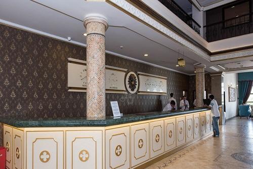 پذیرش هتل ونیزیا پالاس