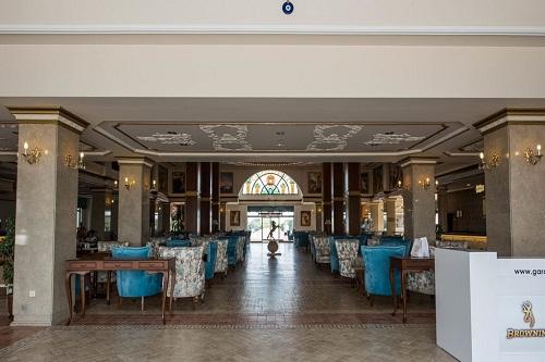 لابی هتل ونیزیا پالاس