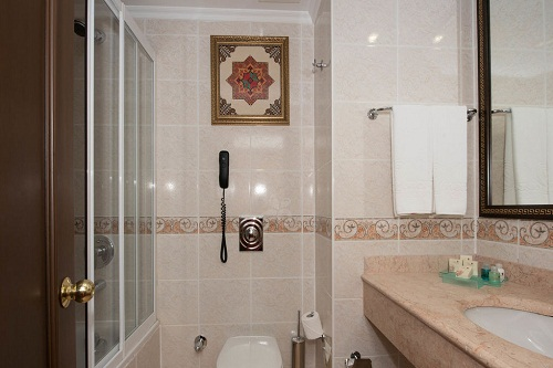 اتاق های استاندارد Standart Room در هتل 5 ستاره ونیزیا پالاس آنتالیا