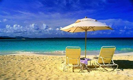 سواحل آنتالیا، به واسطه ی قرار گرفتن در کنار دریای مدیترانه، و داشتن سواحل زیبا معروف است